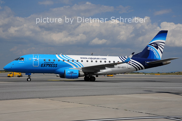 2014-07-03 SU-GCY Embraer 170 EGypt Air Express