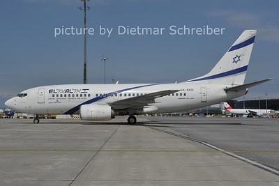 2011-07-08 4X-EKD Boeing 737-700 El Al