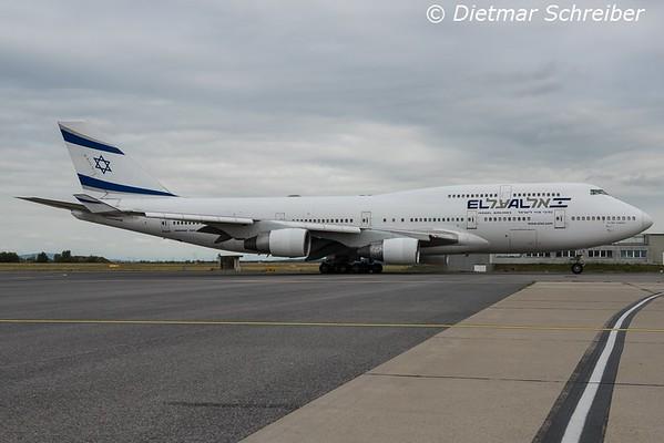 2015-08-17 4X-ELE Boeing 747-400 El Al