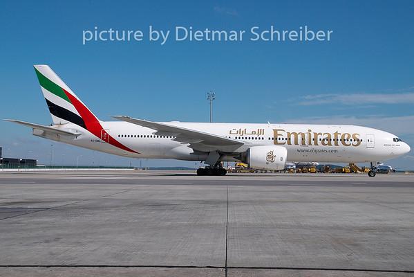 2007-08-22 A6-EML Boeing 777-200 Emirates
