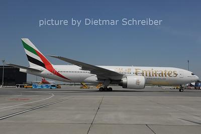 2011-05-20 A6-EMI Boeing 777-200 Emirates