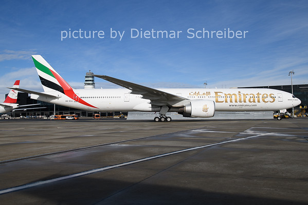 2021-01-22 A6-EQJ Boeing 777-300 Emirates
