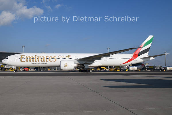 2021-01-08 A6-EQJ Boeing 777-300 Emirates