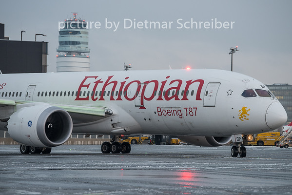 2018-12-12 ET-AOP Boeing 787-8 Ethiopian AIrlines