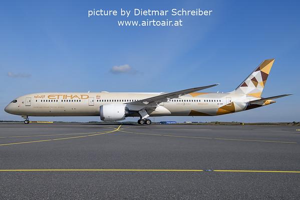 2021-10-14 A6-EMF Boeing 787-10 Etihad