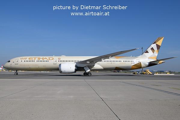 2021-10-17 A6-BMG Boeing 787-10 Etihad