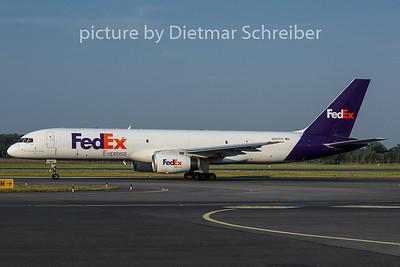 2018-08-08 N927FD Boeing 757-200 Fedex