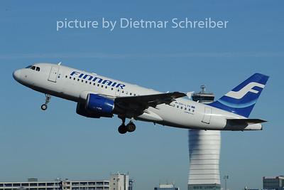 2014-01-06 OE-LVK AIrbus A319 Finnair
