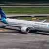 Garuda Indonesia_B777-3U3ER_PK-GIK_MLU_151017