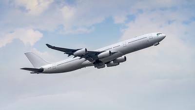 HI FLY_A340-313_CS-TQY_MLU_261118