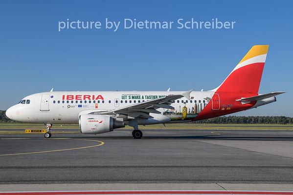 2018-08-13 EC-MFP Airbus A319 Iberia