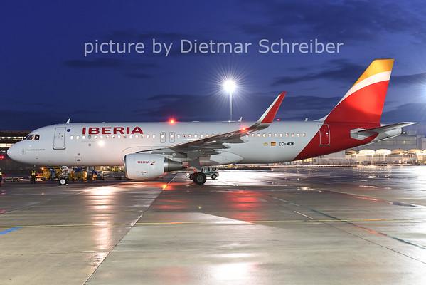 2014-12-17 EC-MDK Airbus A320 Iberia