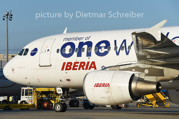 2014-08-25 EC-IZR Airbua A320 Iberia
