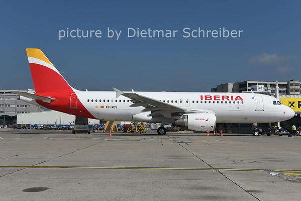 2014-09-08 EC-MCS Airbus A320 Iberia