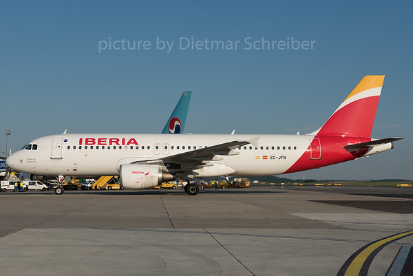 2016-08-17 EC-JFN AIrbus A320 Iberia