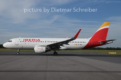 2019-06-24 EC-MCS Airbus A320 Iberia