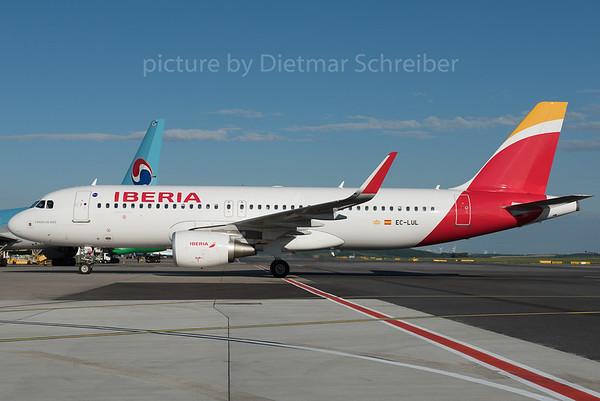 2016-07-03 EC-LUL AIrbus A320 Iberia