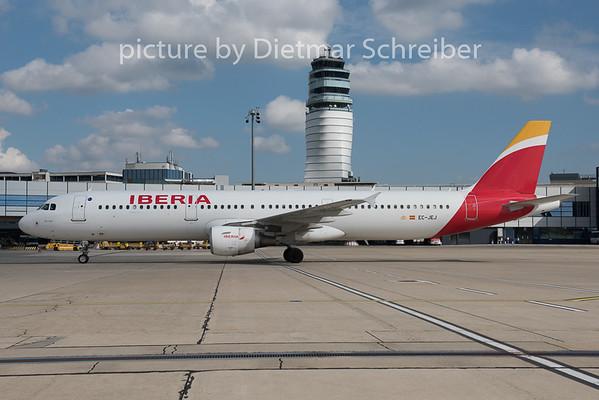 2015-09-29 EC-JEJ Airbus A321 Iberia