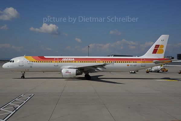 2013-08-29 EC-ILP Airbus A321 Iberia