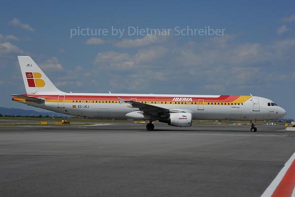 2013-08-15 EC-JEJ Airbus A321 Iberia