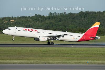 2015-05-11 EC-JNI Airbus A321 Iberia