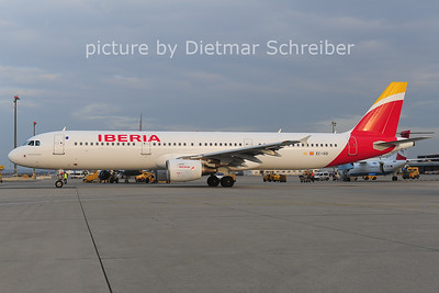 2014-03-19 EC-IXD Airbus A321 Iberia