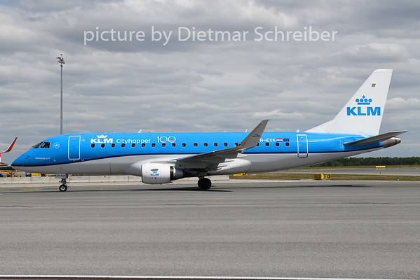 2020-05-06 PH-EXK Embraer 175 KLM