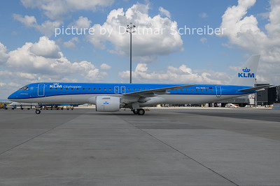 2021-05-31 PH-NXD Embraer 195E2 KLM