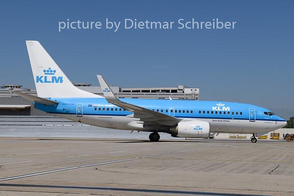 2018-08-13 PH-BGM Boeing 737-700 KLM