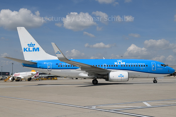2018-04-24 PH-BGE Boeing 737-700 KLM