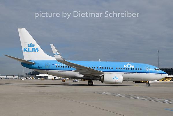 2019-07-23 PH-BGX Boeing 737-700 KLM