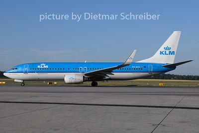 2019-07-17 PH-BXV Boeing 737-800 KLM
