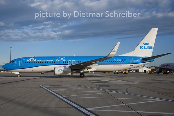 2019-08-08 PH-BXB Boeing 737-800 KLM