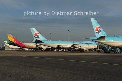 2014-04-08 JHL7601 Boeing 747-400 Korean AIr