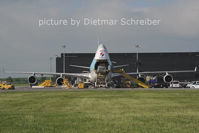 2013-05-14 HL7466 Boeing 7466 Korean Air