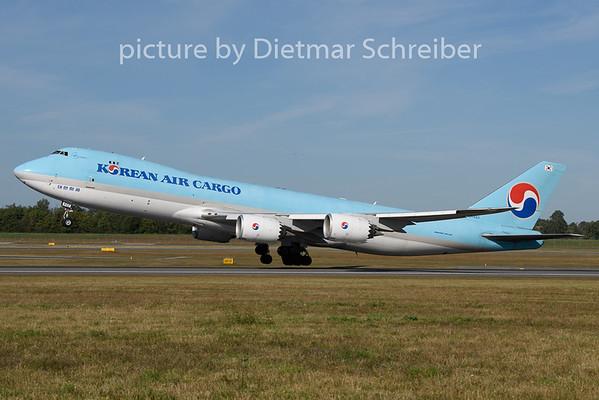 2020-08-28 HL7623 Boeing 747-8 Korean Air