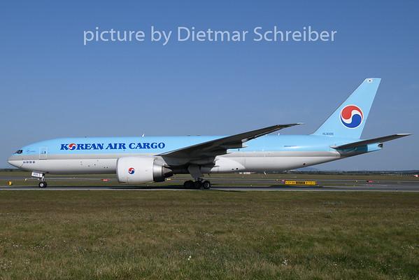 2020-09-20 HL8005 Boeing 777-200F Korean Air
