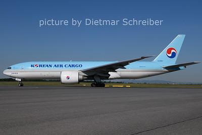 2021-06-01 HL8252 Boeing 777-200 Korean Air