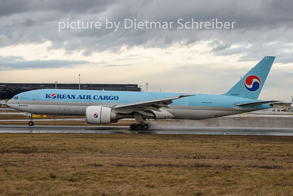 2020-02-11 HL8285 Boeing 777-200 KOrean Air