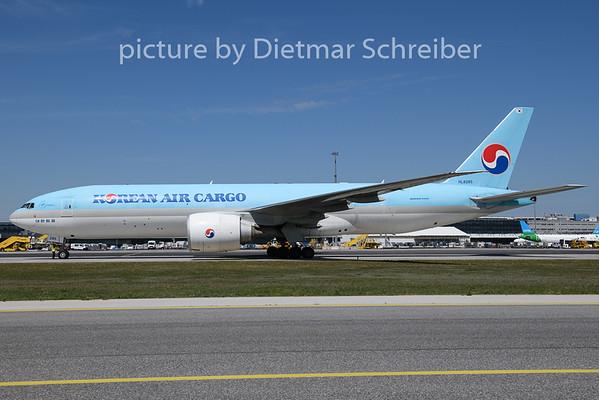 2020-05-22 HL8285 Boeing 777-200 Korean Air
