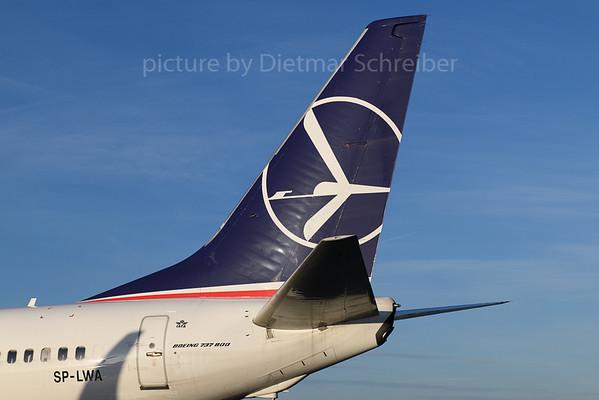 2018-01-05 SP-LWA Boeing 737-800 LOT