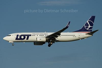 2017-08-04 SP-LWC Boeing 737-800 LOT