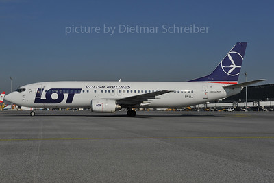 2012-04-18 SP-LLL Boeing 737-400 LOT