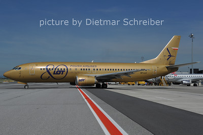 2011-06-16 SP-LLC Boeing 737-400 LOT