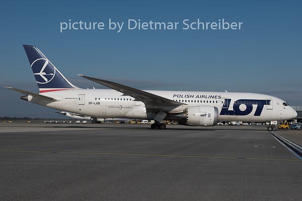 2015-04-07 SP-LRB Boeing 7878 LOT