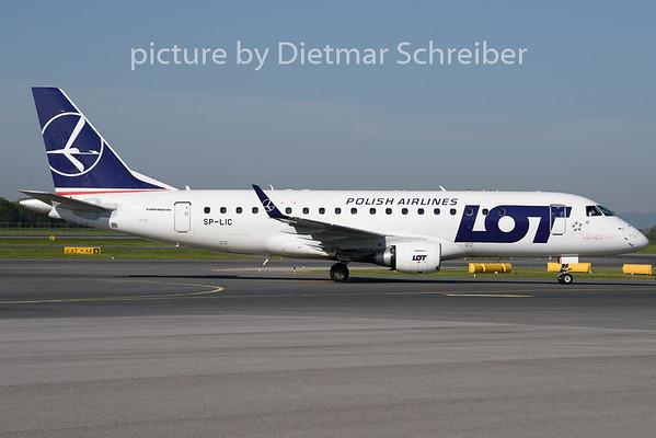 2019-04-22 SP-LIC Embraer 175 LOT