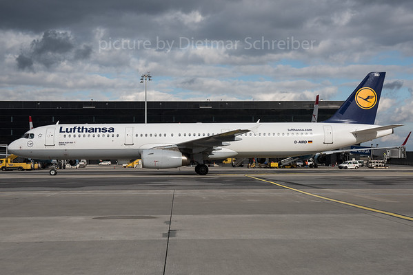 2016-02-05 D-AIRD Airbus A321 Lufthansa