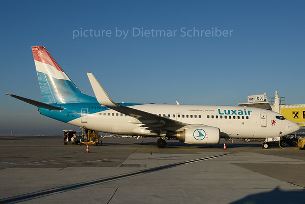 2016-12-09 LX-LGQ Boeing 737-700 Luxair