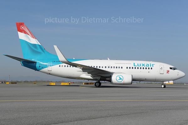 2013-04-15 LX-LGS Boeing 737-700 Luxair