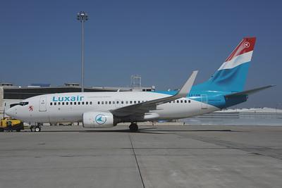 2013-04-15 LX-LGQ Boeing 737-700 Luxair
